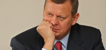 Президент України зробив усе можливе  аби його дружбан  Клюєв втік)