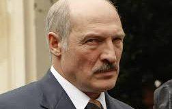 Лукашенко усвідомив що Москва вирішила усунути його і може ввести надзвичайний стан в країні