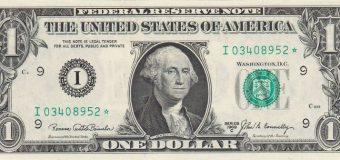"""Вражений запитаннями """"чому росте курс долара?""""!"""