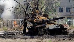 До сторіччя  повстання у Києві полка  імені Полуботка  українці  на шахті «Бутівка» спалили новітній російський танк