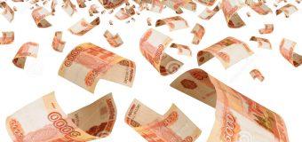 У  Москві паніка… Валюта  зникла… Рубль падає… Що очікує на гривню?