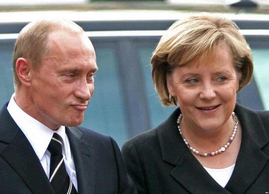 Merkel-Putin-900x652
