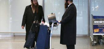 Двом  хасидам не дали помолитися – в аеропорту Ізраїлю!!!